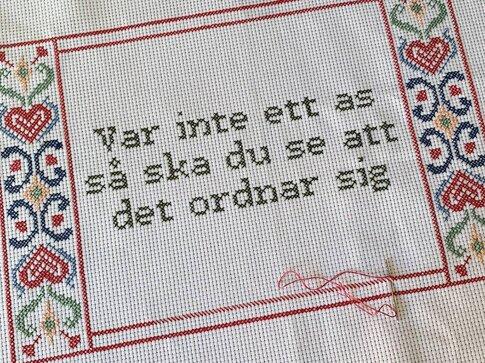 """""""Var inte ett as så ska du se att det ordnar sig"""" - Katarina Wennstam  (Swe)"""