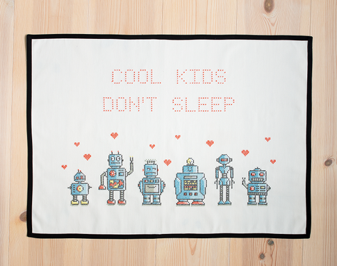 Cool kids / We are the robots - Embroidery kit Aida